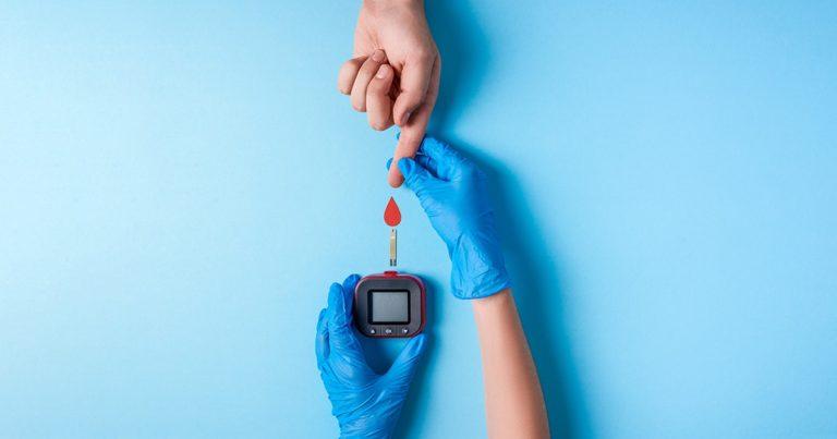 Verensokerin mittaus
